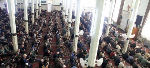 اقامه نماز جمعه ۲۴ آذر ۹۶ پاوه/ گزارش تصویری