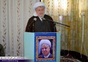 ماموستا قادری : رهبر معظم انقلاب، نهایت وفا را نسبت به دوست دیرین خود نشان دادند